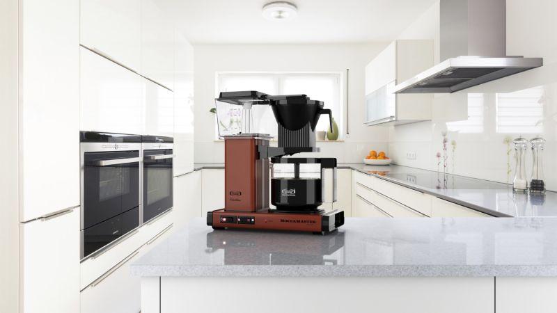Kaffetrakter er den kaffemaskinen som er mest vanlig i det norske hjem. Den lager god kaffe, i forholdsvis store mengder, på en enkel måte. Alt du trenger er friskt vann, kaffegrut og kaffefilter. FOTO: Moccamaster