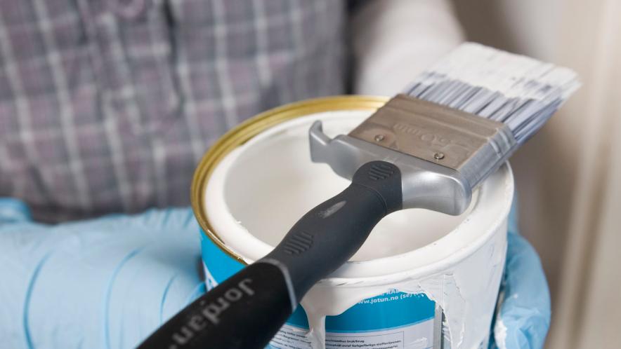 På tide å male huset eller hytta?