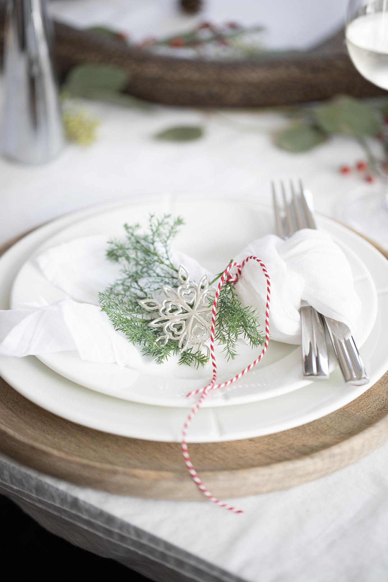 Få et helhetlig og lekkert julebord med tidløst design