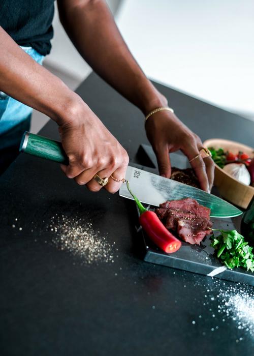 Ta godt vare på knivene dine. Vasker du knivene for hånd vil de beholde skarphet, styrke og glans lenger.