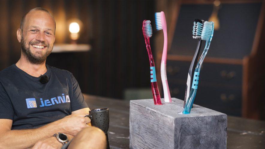 Lag tannbørsteholder med Ole